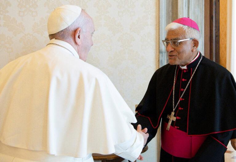 El Papa recibe a Miguel Cabrejos