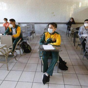 niños escuela México