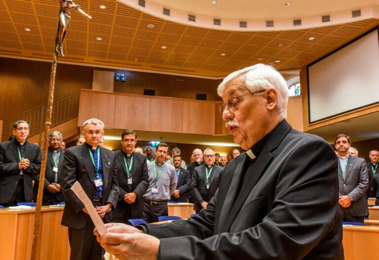 Arturo Sosa, tras ser elegido prepósito general de la Compañía de Jesús durante la 36ª Congregación General en octubre de 2016