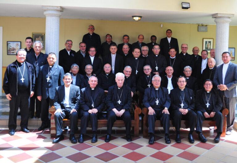 Los obispos ecuatorianos