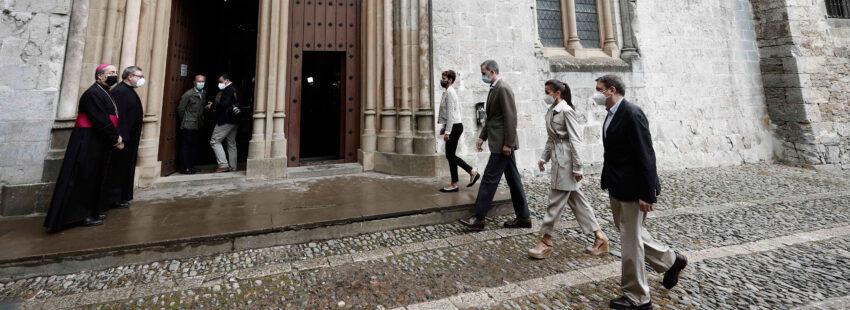 Los Reyes de España inician el Camino de Santiago