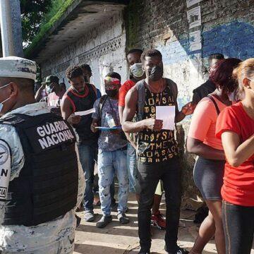haitianos y cubanos en Chiapas