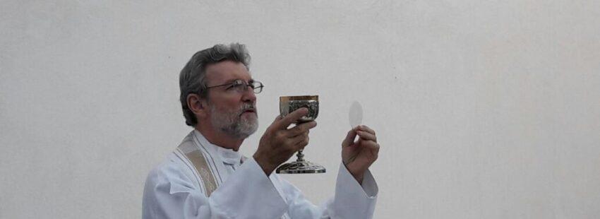 capellán de Su Santidad Luis Villarreal