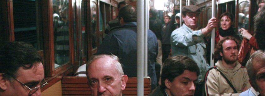 La Escuela de la líderes populares en comunión con el Papa