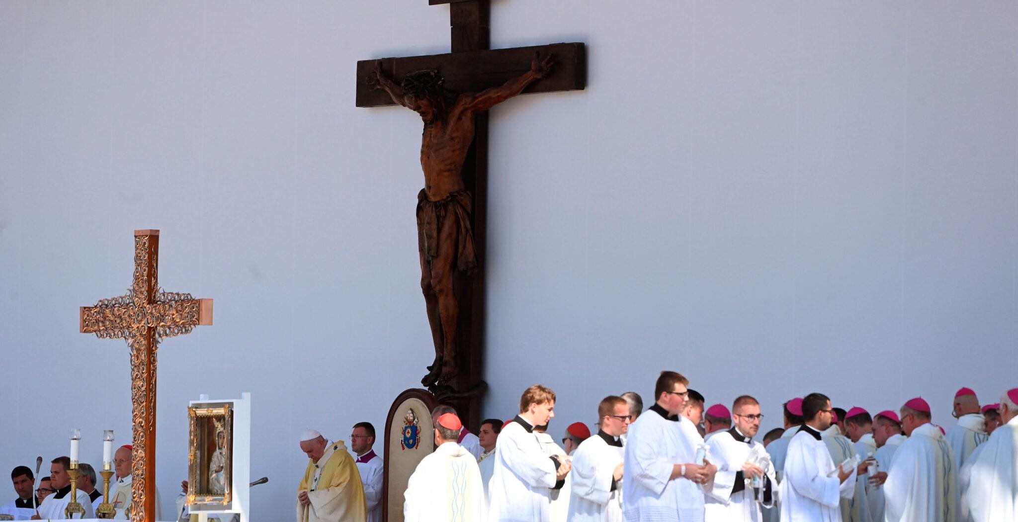 El papa Francisco en la celebración de la Santa Misa de clausura del 52º Congreso Eucarístico Internacional en Budapest (Hungría)