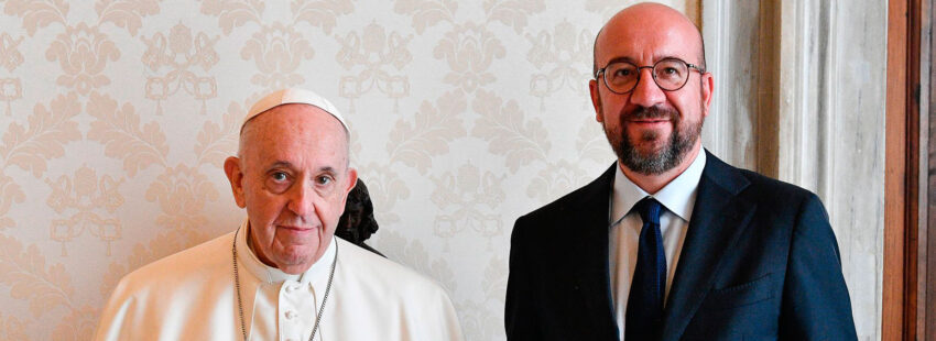 El papa Francisco, con el presidente del Consejo Europeo, Charles Michel