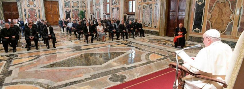 El papa Francisco, en audiencia con los claretianos que celebran su capítulo general