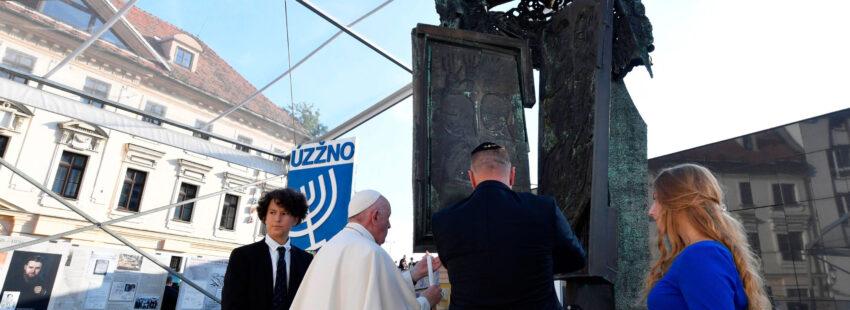 El papa Francisco, en Eslovaquia con la comunidad judía