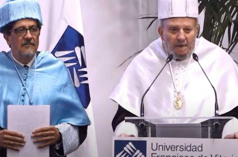 Kiko Argüello, doctor honoris causa de la Universidad Francisco de Vitoria