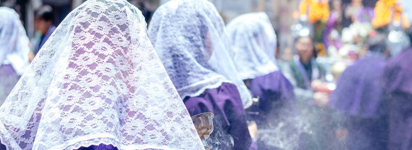 Las procesiones en Lima por el Cristo moreno